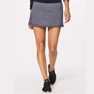 Lululemon circuit breaker skirt II